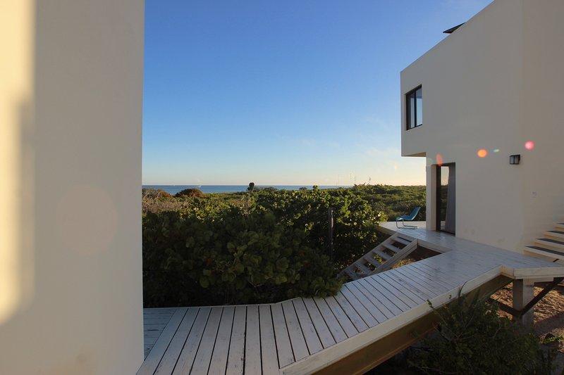 Artist's Luxury Eco-Villa and Private Beach, alquiler de vacaciones en Yucatán