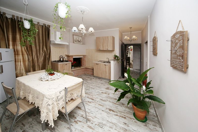 Sacrobosco Apartment - CASTAGNO, vacation rental in Penna in Teverina