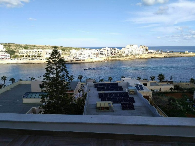 ONE - Sea view Luxury Apartment, vacation rental in Marsascala
