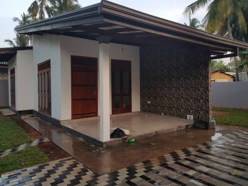 2 Bed room Full furnished Newly Build house, vacation rental in Kalutara