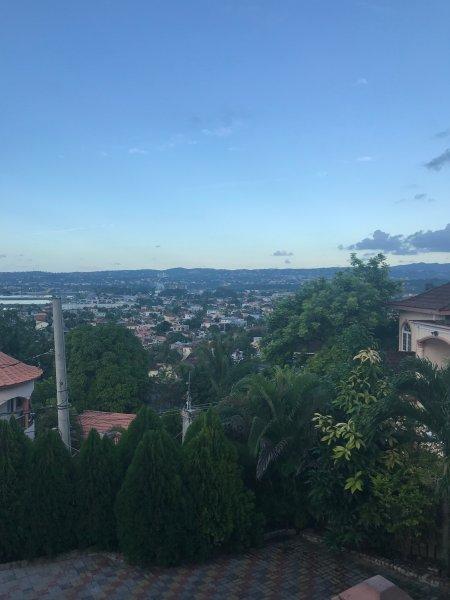 Questa è la vista di Montego Bay da Bogue Hill.