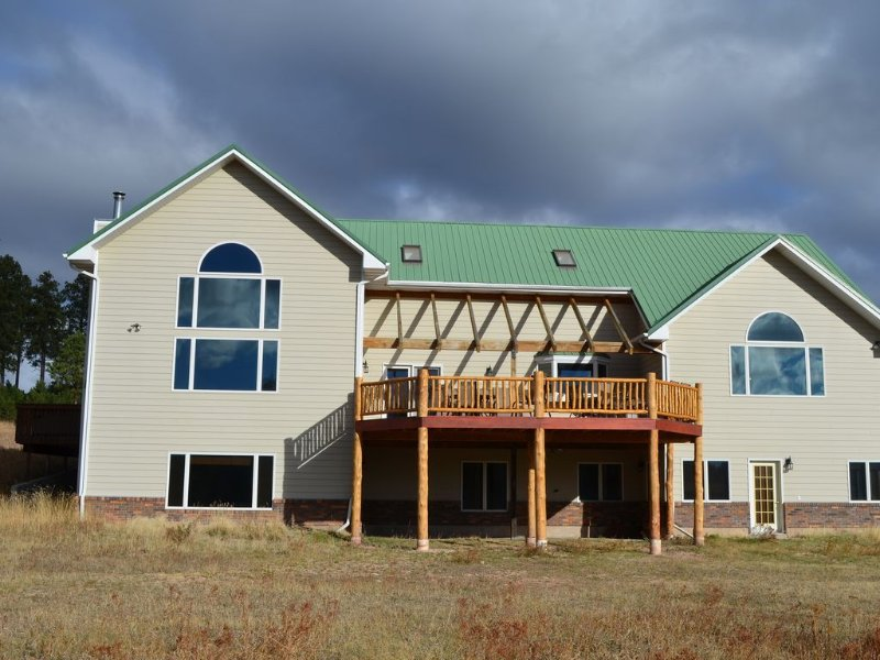 Reunion Paradise!! 6000 sq ft. 20 acres, Beautiful Views, Kitchen Makeover 2016, vacation rental in Deadwood