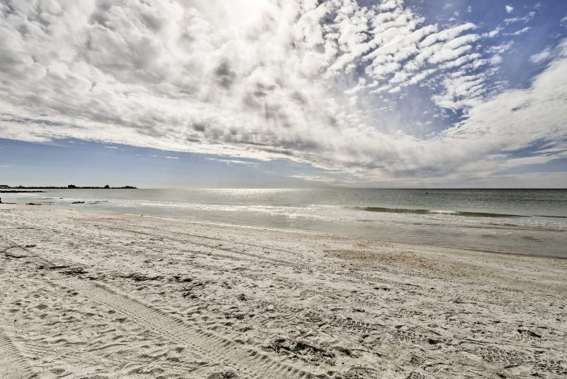 This beach cottage is the perfect place to enjoy everything Sarasota has to offer!