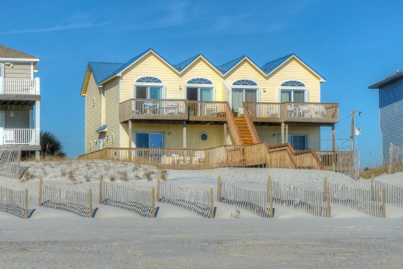OCEANFRONT! - Legacy Beach House, vacation rental in North Topsail Beach