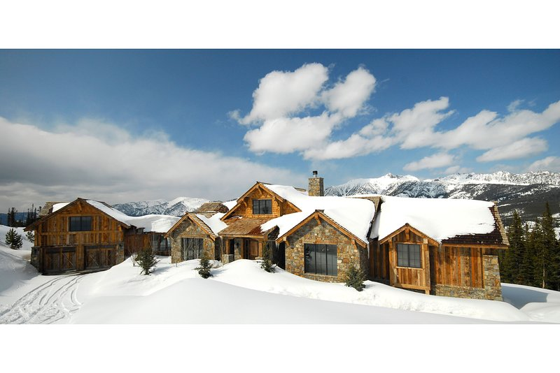 Experience a mountain-home unlike any other by the beautiful slopes of Big Sky!