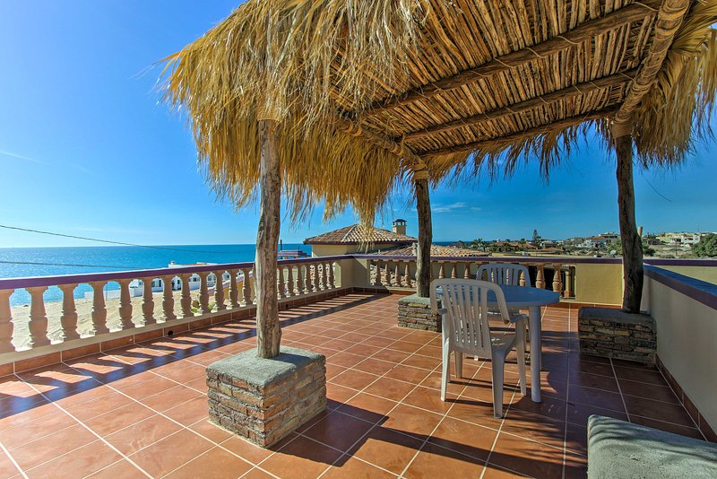 Charming Las Conchas Home w/Deck - Steps to Beach!, vacation rental in Puerto Penasco