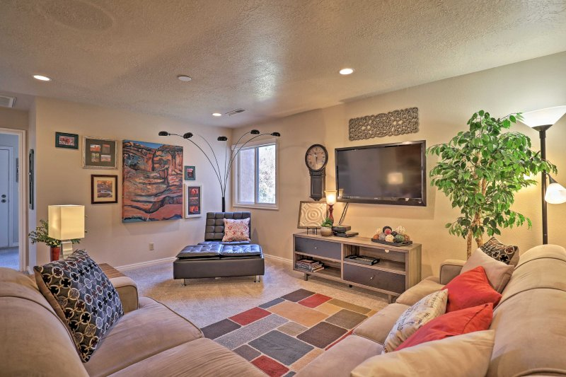 Experience a comfortable desert oasis at this vacation rental condo in St. George.