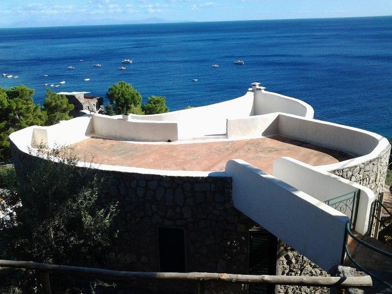 la chiocciola villa panoramicissima sul mare, holiday rental in Nerano