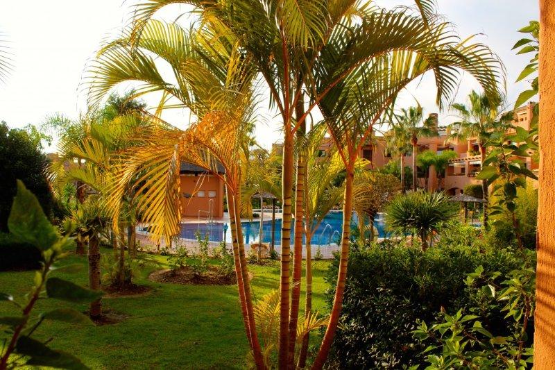 Groundfloor apt. with poolview at Hacienda del Sol, holiday rental in El Paraiso