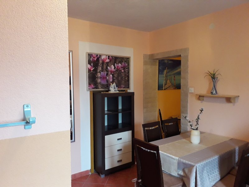 Apartments Vivien Kustici  -  A3+2 Top Floor - up to 5 persons, holiday rental in Kustici