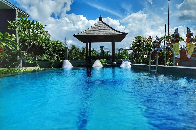 3BR Private Villa Tanah Lot Bali Sunrise, holiday rental in Tanah Lot