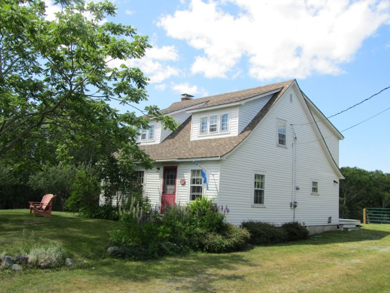 Sea Star Cottage, holiday rental in East Port L'Hebert