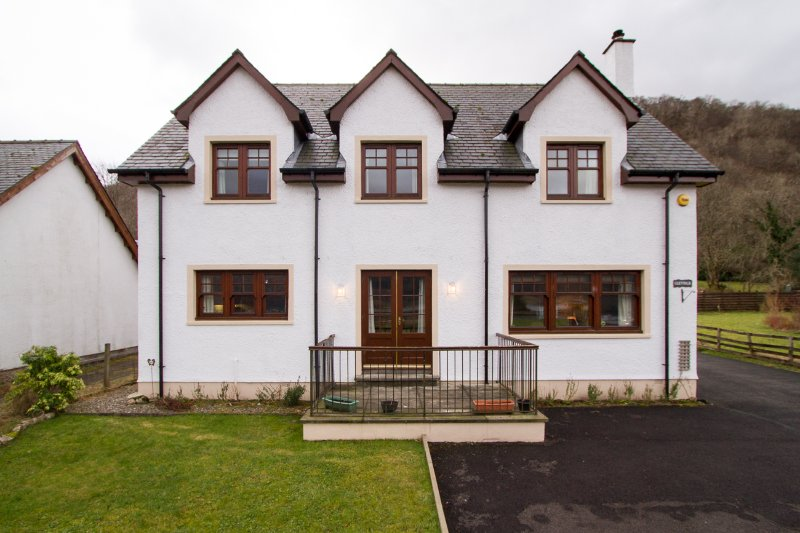 Luxury house sleeps 11, holiday rental in Ballachulish