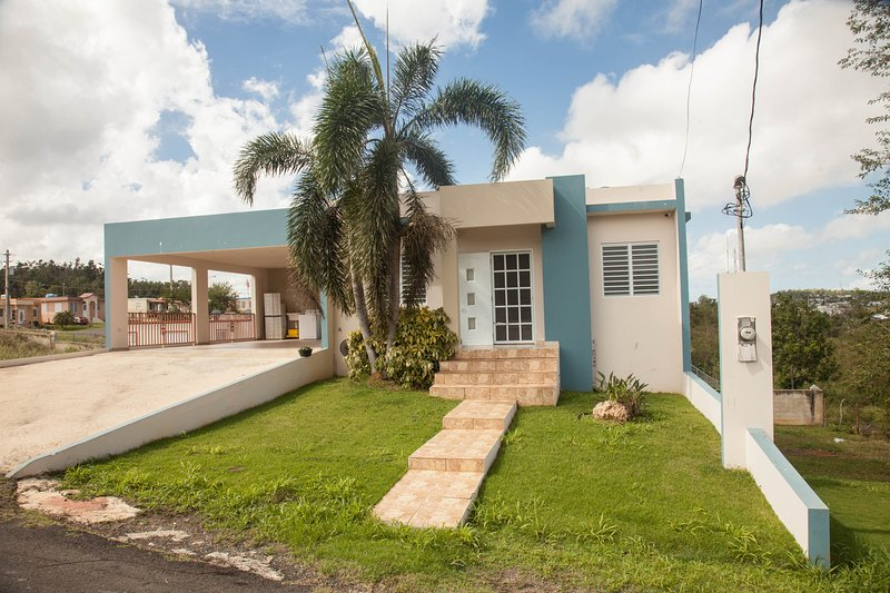 Arenales Vacation House, vacation rental in Isabela