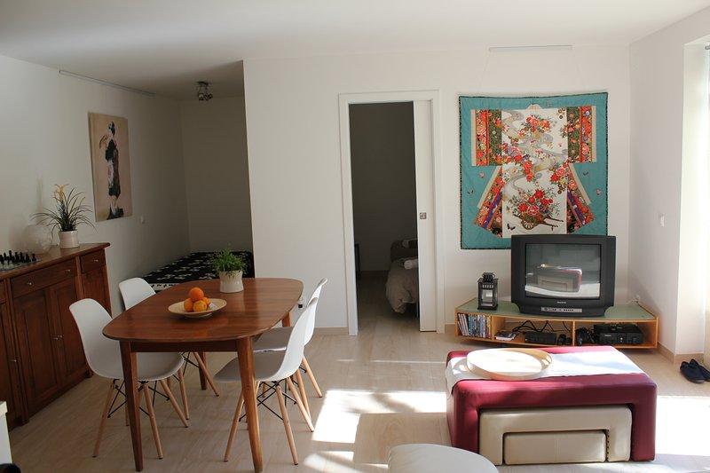 Quinta Japonesa - Casa de Baixo, apartment 2-5p, holiday rental in Rio Maior