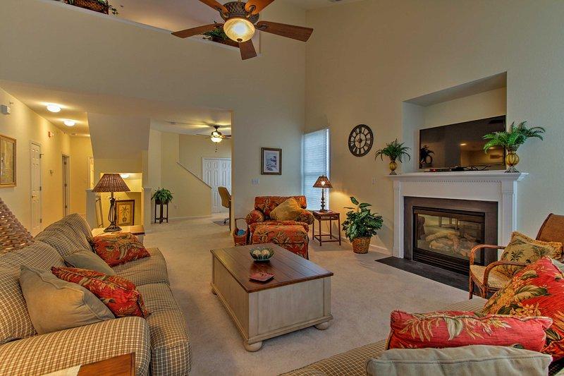 Lo spazio di vita lussuoso offre l'abbondanza di spazio per tutti i 6 ospiti di rilassarsi.