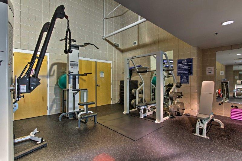 Utilizzare il centro fitness per ottenere un allenamento in!