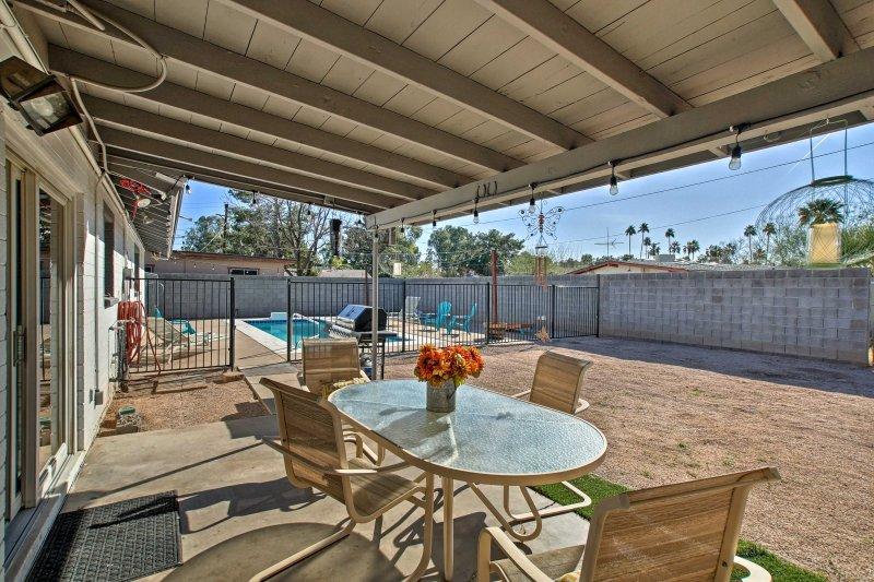 L'esperienza Arizona lusso in questo accogliente 3 camere da letto, 2 bagni casa per le vacanze a Mesa.
