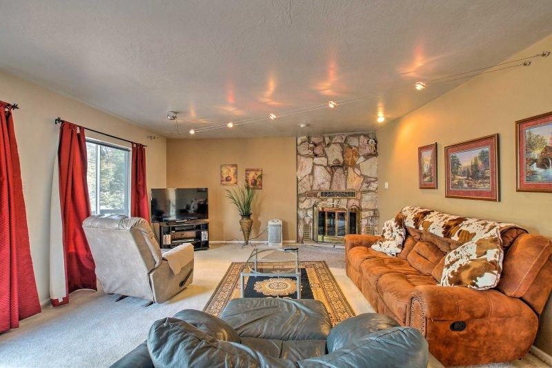 Esta espaciosa casa de 2100 pies cuadrados es el refugio perfecto para la relajación 5.