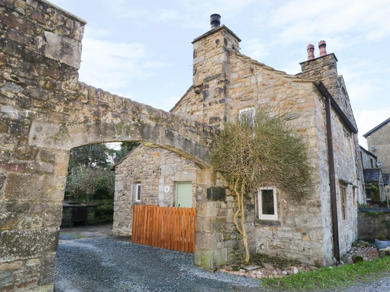 BEEHIVE COTTAGE, exposed beams, pet-friendly, in High Bentham, Ref 969944, vacation rental in Wennington