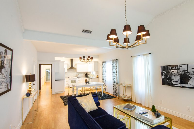 Chateau Monroe 3 Updated 2019 2 Bedroom Apartment In West Hollywood With Wi Fi And Air