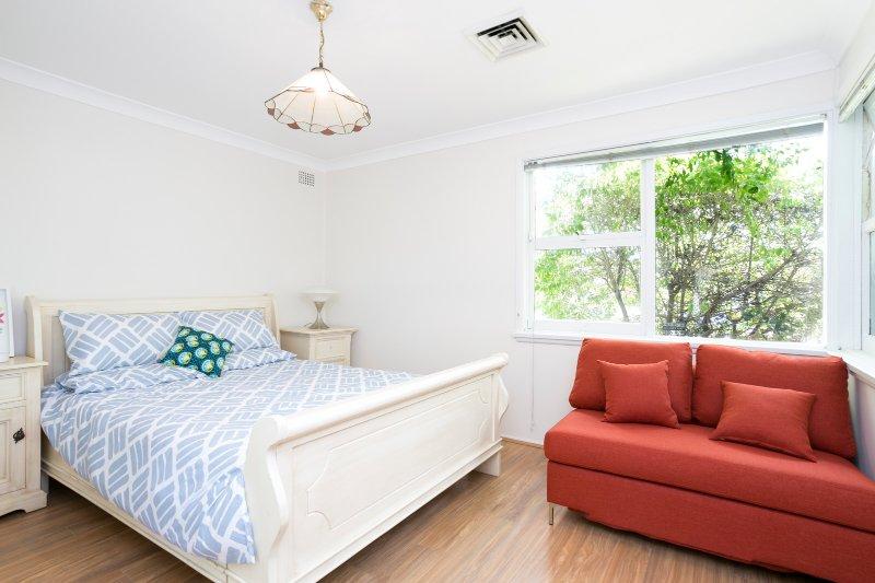 Huge & Beautiful 4 Bedrooms House, alquiler de vacaciones en Prospect