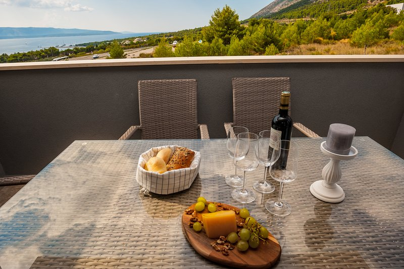 amazing spacious terrace with beautiful sea&neighborhood view