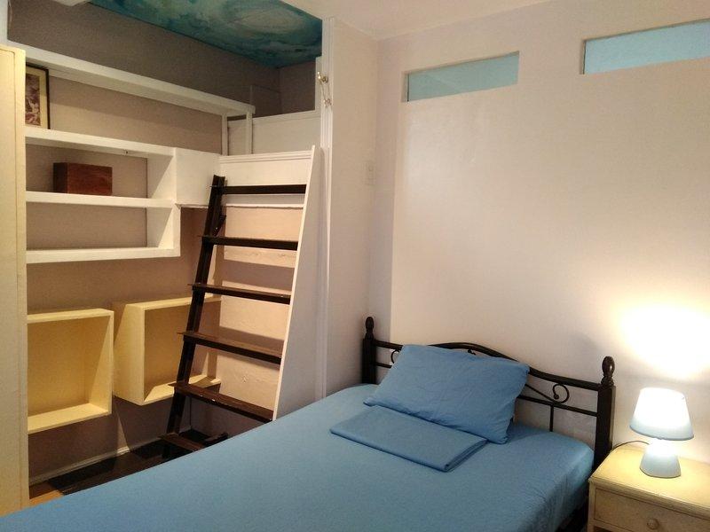 2ª planta. Bueno para dos personas que duermen en camas matrimoniales e individuales cómodos.