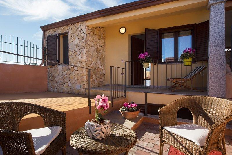 Villetta Enzo 500mt spiaggia di Porto Frailis, vacation rental in Arbatax