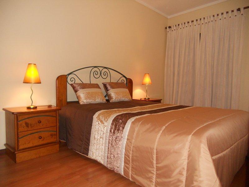 camera romantica con vista sulla Ria de Aveiro Rossio e giardino.