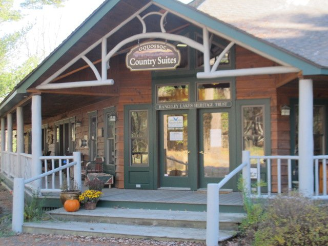 Oquossoc Motel Country Suites #8, vacation rental in Oquossoc