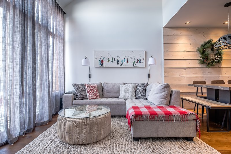 Astonishing Homely Review Of La Clairiere Tremblant Condo 405 Ski In Andrewgaddart Wooden Chair Designs For Living Room Andrewgaddartcom