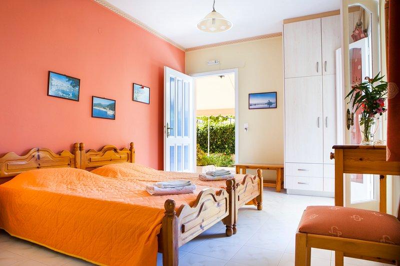 Tzivras Studio Apartment, Ferienwohnung in Lassi