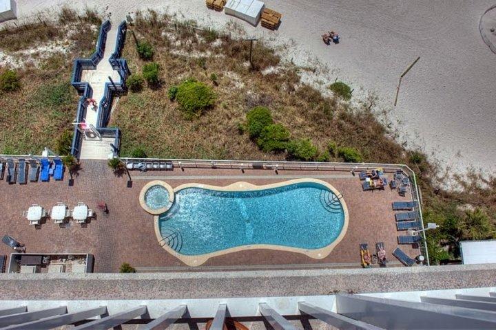 Zwembad en hot tub!