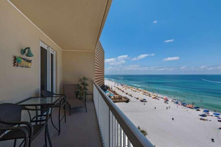Disfrutar de algunos rayos en el balcón!