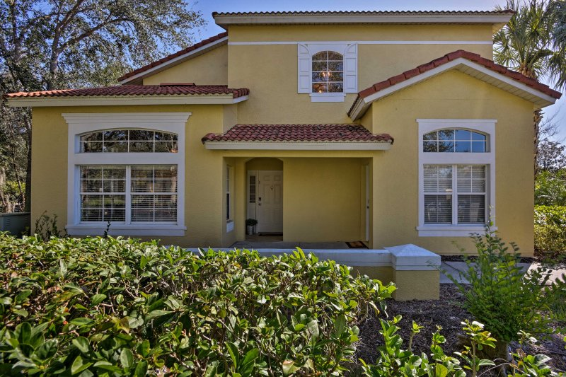 Grab the kids and escape to this 3-bedroom, 2.5-bathroom vacation rental townhome in Kissimmee.