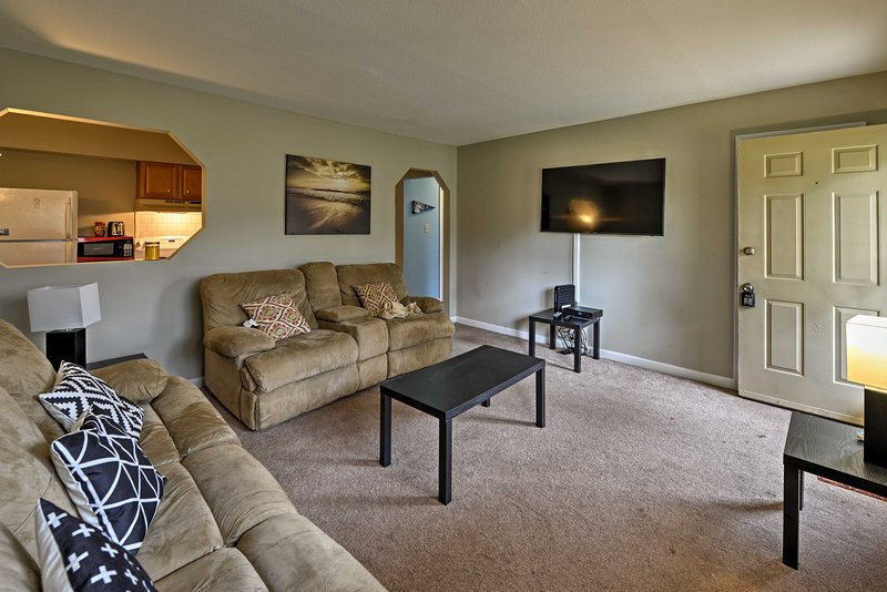 Chapel Hill Condo-2 Miles to UNC, 8 Miles to Duke!, vacation rental in Chapel Hill