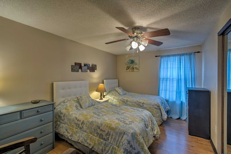 The 3 bedrooms can comfortably sleep 6 guests.