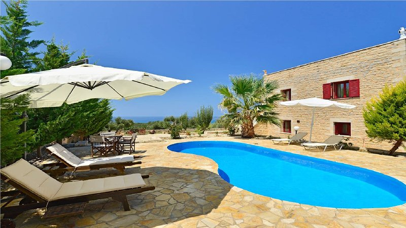 Grecian Villas - Artemis Seaview Villa With Private Pool, holiday rental in Maleme