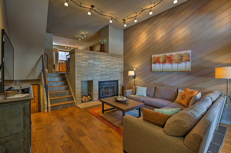 Plan your next alpine escape to this recently remodeled 2-bedroom, 2.5-bathroom vacation rental townhouse in Breckenridge.