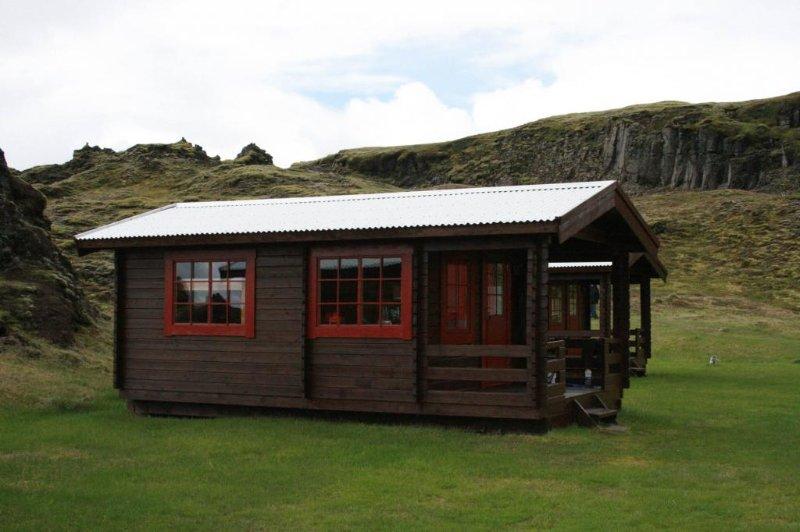Hólaskjól: Cabin  2, vacation rental in Grafarkirkja