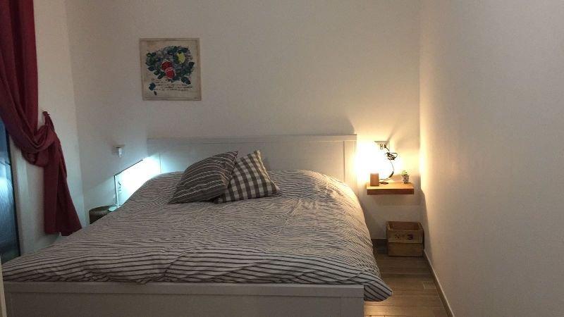 appartamento CasaLuna, tra Italia e Francia, con giardino e vista mare., holiday rental in Ventimiglia