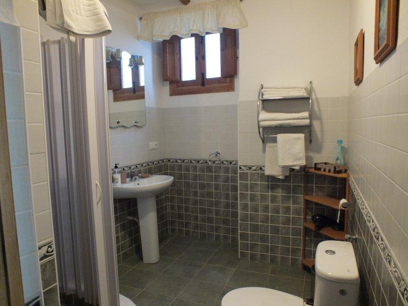 Kayenne 2 bathroom.