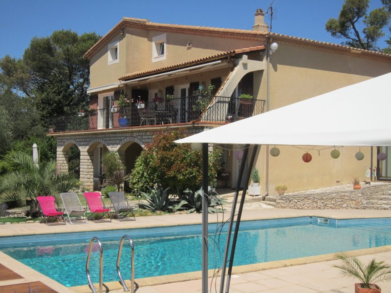Combiné Mazet Cigales, holiday rental in Nimes