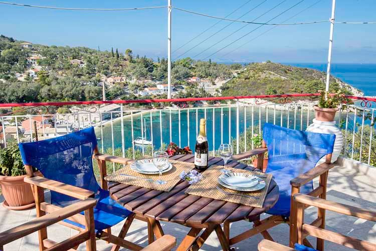 Captain's House, a traditional two-bedroom village house with spectacular views, holiday rental in Loggos