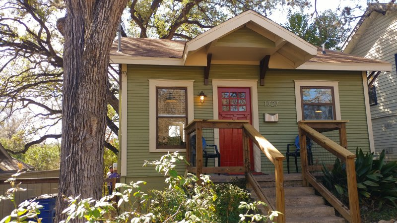 most charming tiny house in historic location great monthly rental rh tripadvisor com