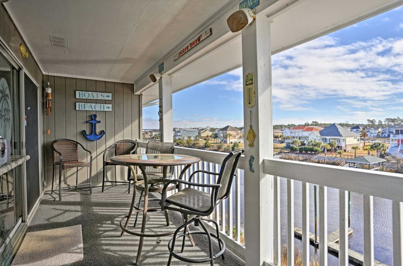 Sneak away to the coast and stay at this vacation rental condo in Little River!