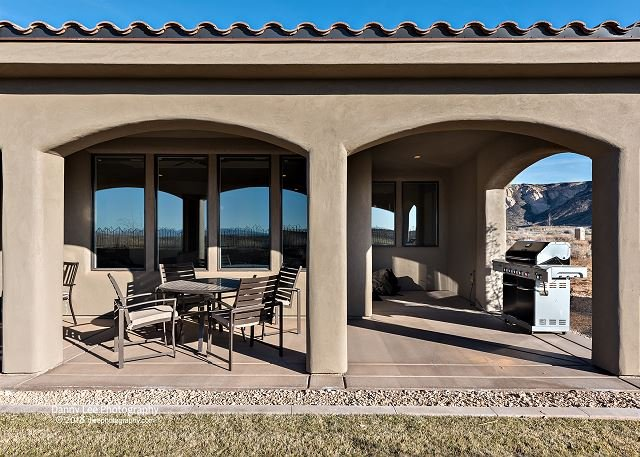 Private Back Patio, Furniture, and Grill