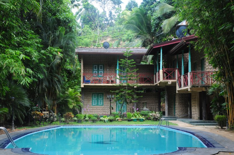 Hareesha Holiday Resort - A place where Nature blended, vacation rental in Makandura