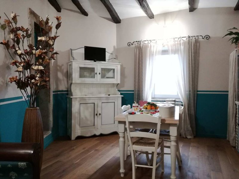 Sacro Bosco Apartment QUERCIA, vacation rental in Attigliano